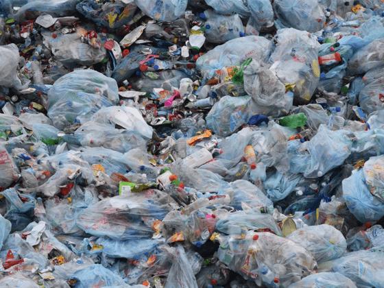 Ein Berg aus Müll - warum Flustix so wichtig ist