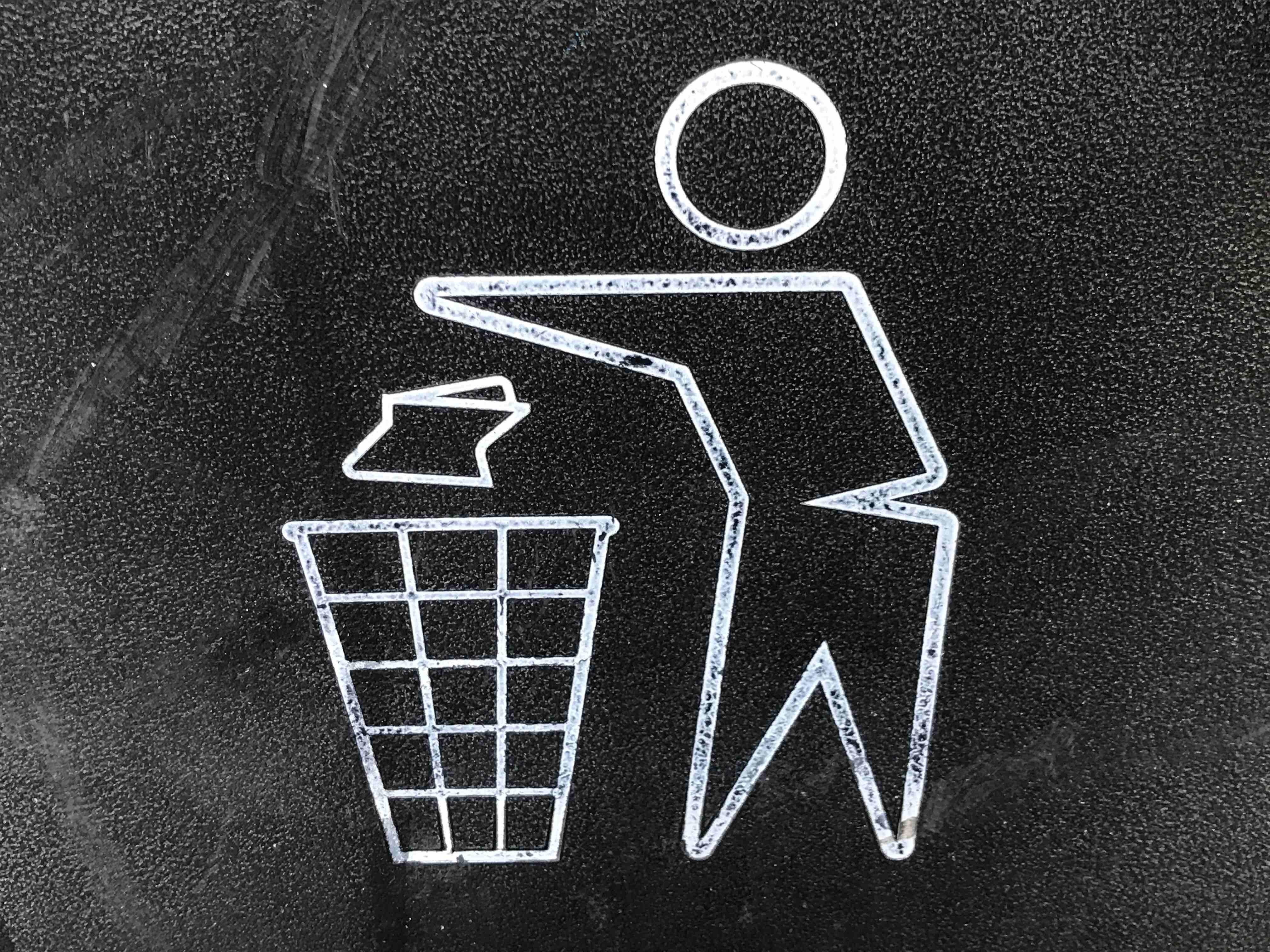 Icon Müll entsorgen, Wissenswerte Fakten zum Thema Plastikrecycling