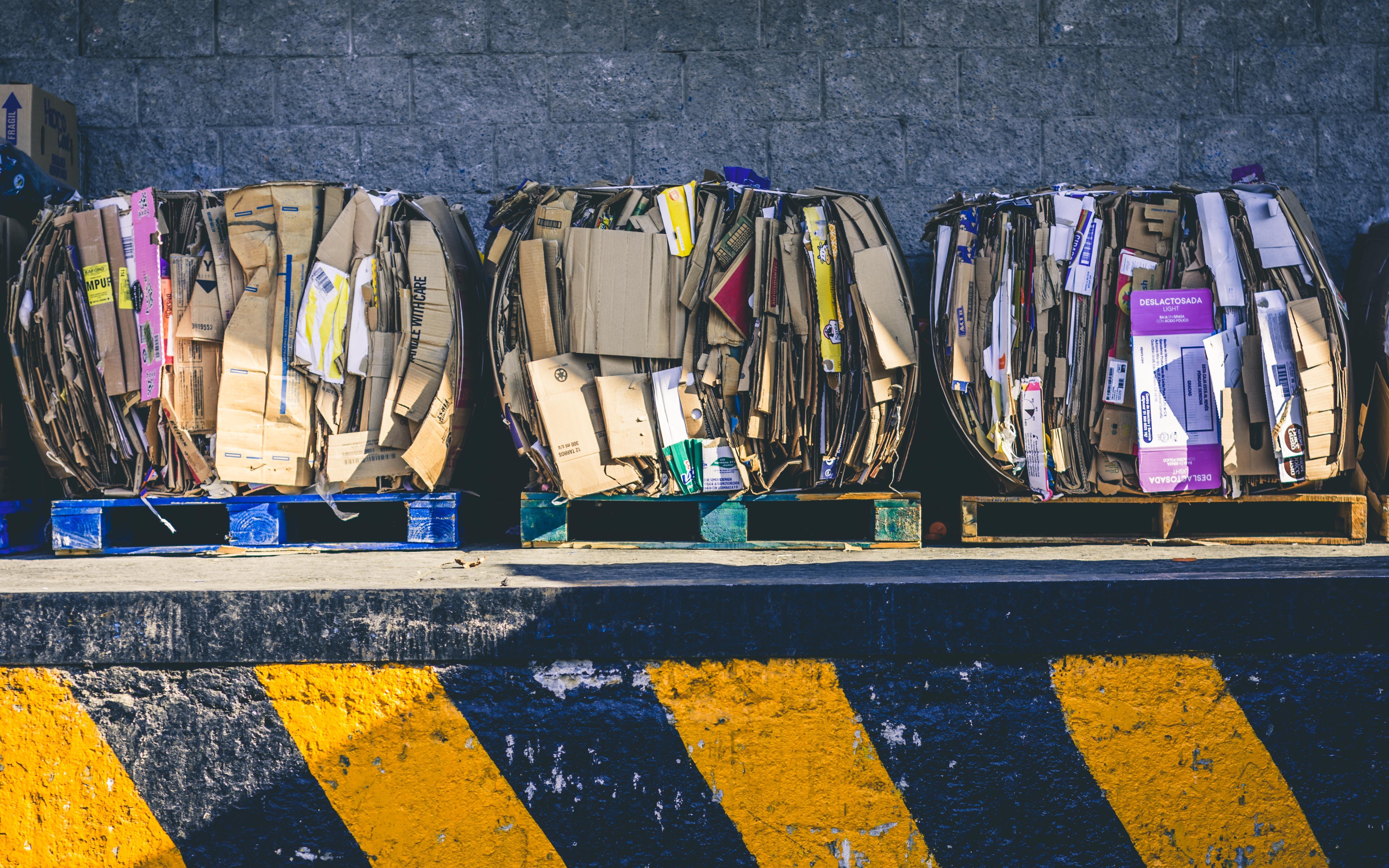 Karton / Papier Recycling