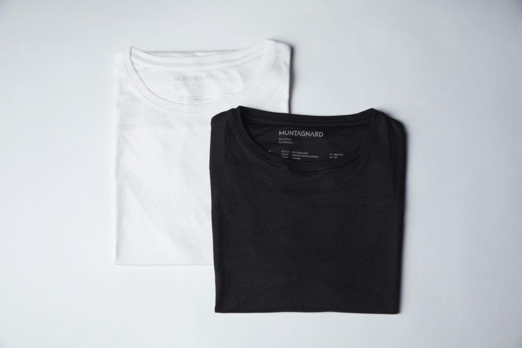 plastikfreie T-Shirts von Muntagnard in schwarz und weiß